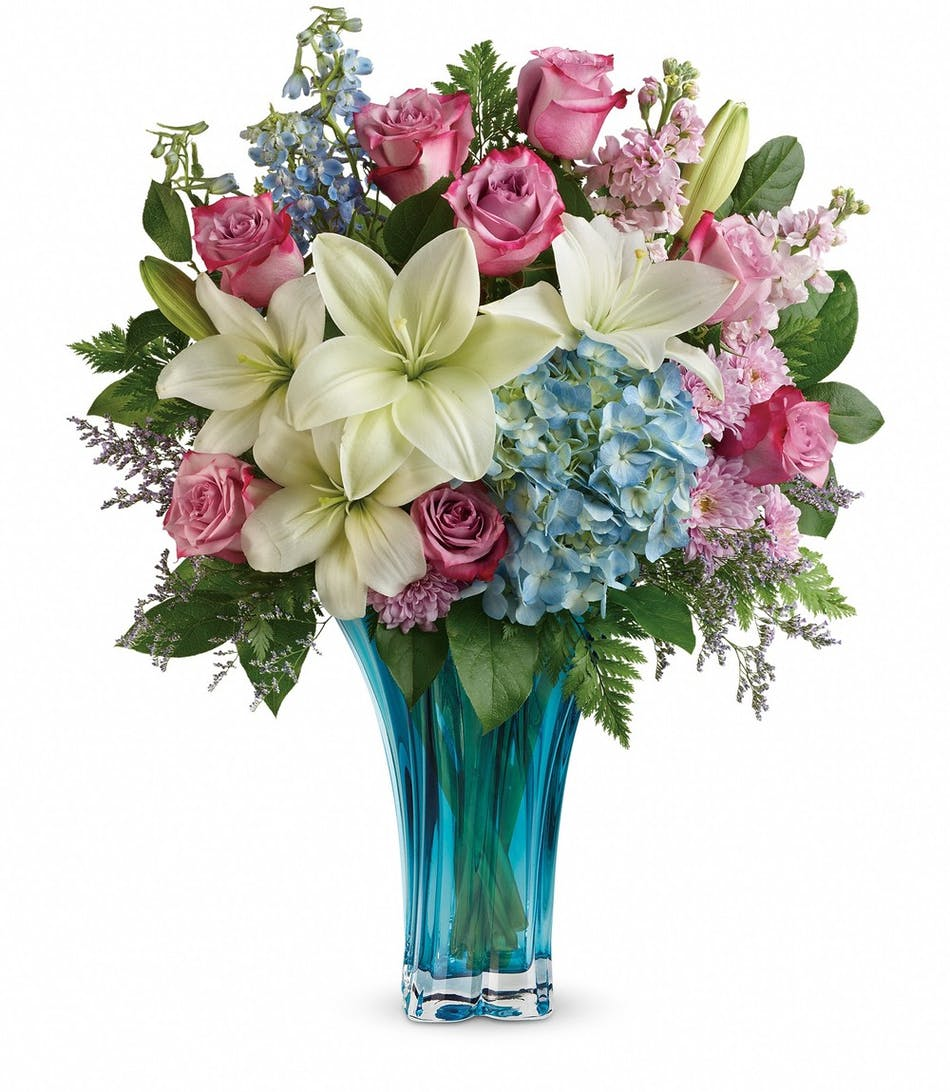 Heart S Pirouette Bouquet Breathtaking Mother S Day Bouquet