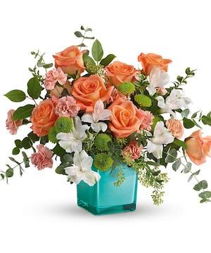 Modern Peach & White Bouquet