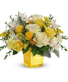 Modern Yellow & White Bouquet
