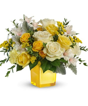 Modern Yellow & White Bouquet